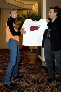 Uta with Run for Research team member Ron Gollub and a very interesting shirt. © private