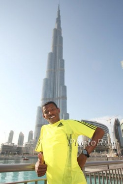 Haile Gebrselassie at the Burj Khalifa skyscraper. © www.photorun.net