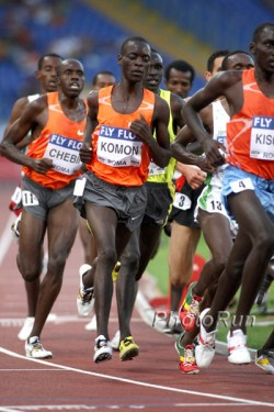 Leonard Komon, seen here at the 2009 AF Golden League meeting in Rome, is the first to run under 27 minutes in a 10K-road race. © www.PhotoRun.net