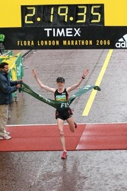 Deena Kastor wins the London Marathon 2006. ©www.photorun.net