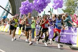 Some of the lead pack at last years London Marathon. ©www.photorun.net