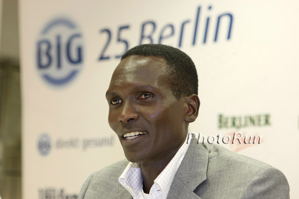 Paul Tergat Wins ING New York City Marathon