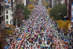 More than 40,000 runners take part in the New York City Marathon every year. ©www.PhotoRun.net