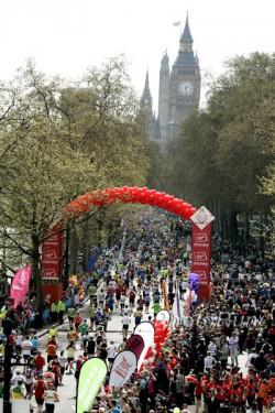 Der London-Marathon lädt seine Läufer am Sonntag, den 17. April ein. ©www.PhotoRun.net