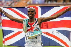 Mo Farah beams with happiness after his 10,000m victory. © www.PhotoRun.net