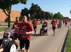 Wisconsin's myTEAM TRIUMPH chapter was also at the Bellin Run festivities. © Michael Reger