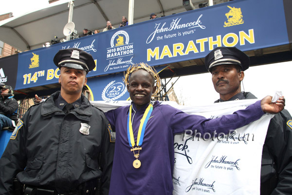 Robert Kiprono Cheruiyot and Teyba Erkesso Crowned in Laurels in Boston