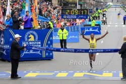 Lelisa Desisa wins his second Boston Marathon. © www.PhotoRun.net