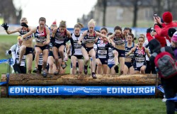 The women's field was close together on the first lap before Fionnuala Britton (middle, white shirt) took control of the race. © NovaInternational