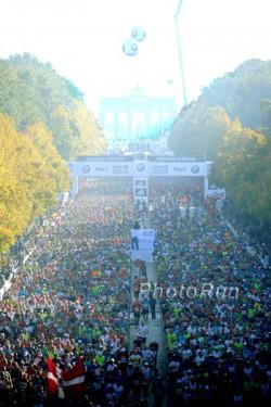 The start of the Berlin Marathon. ©www.PhotoRun.net