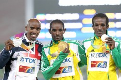 Left to right: Mo Farah, Ibrahim Jeilan, and Imane Merga. © www.photorun.net