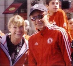 Uta with Grete Waitz at the Boston Marathon 2005. © Jim Davis