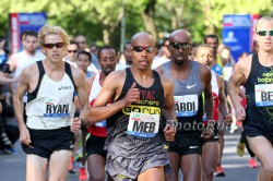Ryan Hall and Meb Keflezighi at the Healthy Kidney 10K in 2012. © www.PhotoRun.net