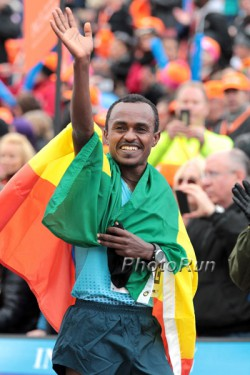 Tsegaye Kebede wins the World Marathon Majors series. © www.PhotoRun.net