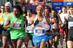 Meb Keflezighi competing in the 2011 New York City Marathon. ©www.PhotoRun.net