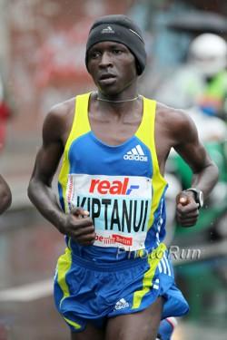 Eliud Kiptanui is seeking a world-record attempt in Rotterdam. ©www.photorun.net