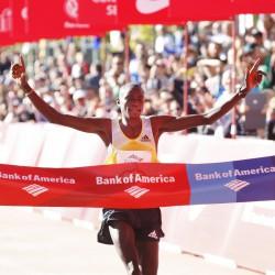 Dennis Kimetto wins the 36th edition of the Chicago Marathon. ©Bank of America Chicago Marathon