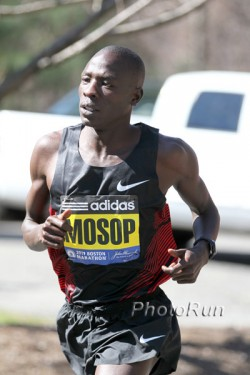 Can Moses Mosop triumph again in the Netherlands? © www.photorun.net