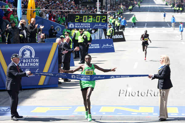 Geoffrey Mutai Runs World's Best at the Boston Marathon