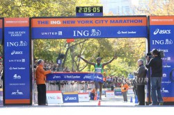 Geoffrey Mutai is the first Boston and NYC Marathon winner in the same year since Rodgers Rop in 2002. ©www.PhotoRun.net