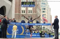 Robert Kiprono Cheruiyot won the Boston title in 2010. ©www.PhotoRun.net