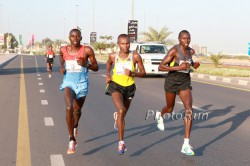 Geoffrey Kipsang (right), seen here at the 2013 Ras Al Khaimah Half Marathon, is one of the favorites in Rotterdam. © www.PhotoRun.net