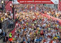 Start of the Chicago Marathon... © www.PhotoRun.net