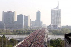 The start of the Vienna City Marathon. ©www.photorun.net