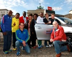 Uta together with Berlin's marathon world-record holders Patrick Makau, Haile Gebrselassie, Paul Tergat, Naoko Takahashi, Tegla Loroupe, Ronaldo Da Costa, and Christa Vahlensieck as well as Mark and Horst Milde. ©www.PhotoRun.net