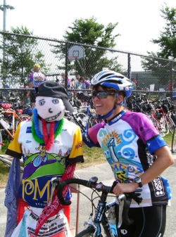 Two PMC friends at the finish line of the first day's ride in Bourne. © private
