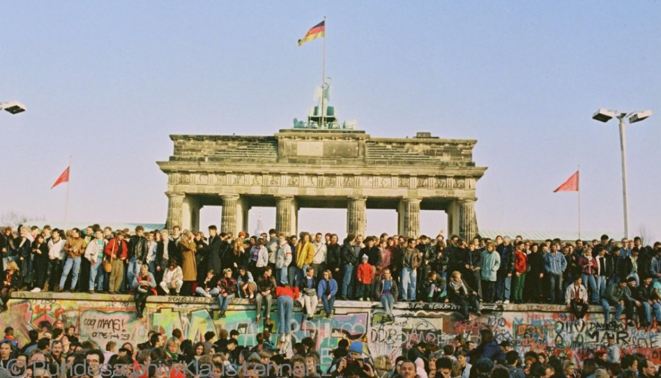 "Running To Freedom™ — Berliners Celebrate the 25th Anniversary of Our ""City Without Borders"""